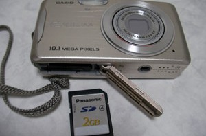CASIO EX-Z270 SDカード 2GB データが消えた